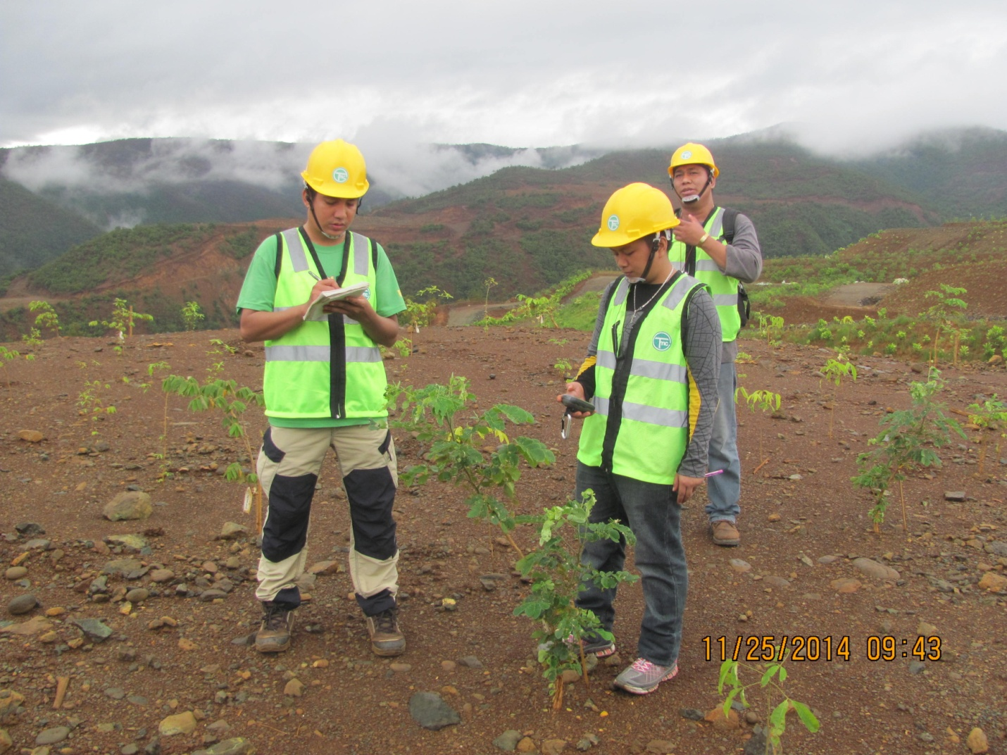 Project staff gathering data on the performance of the ecobelt in the mined-out area