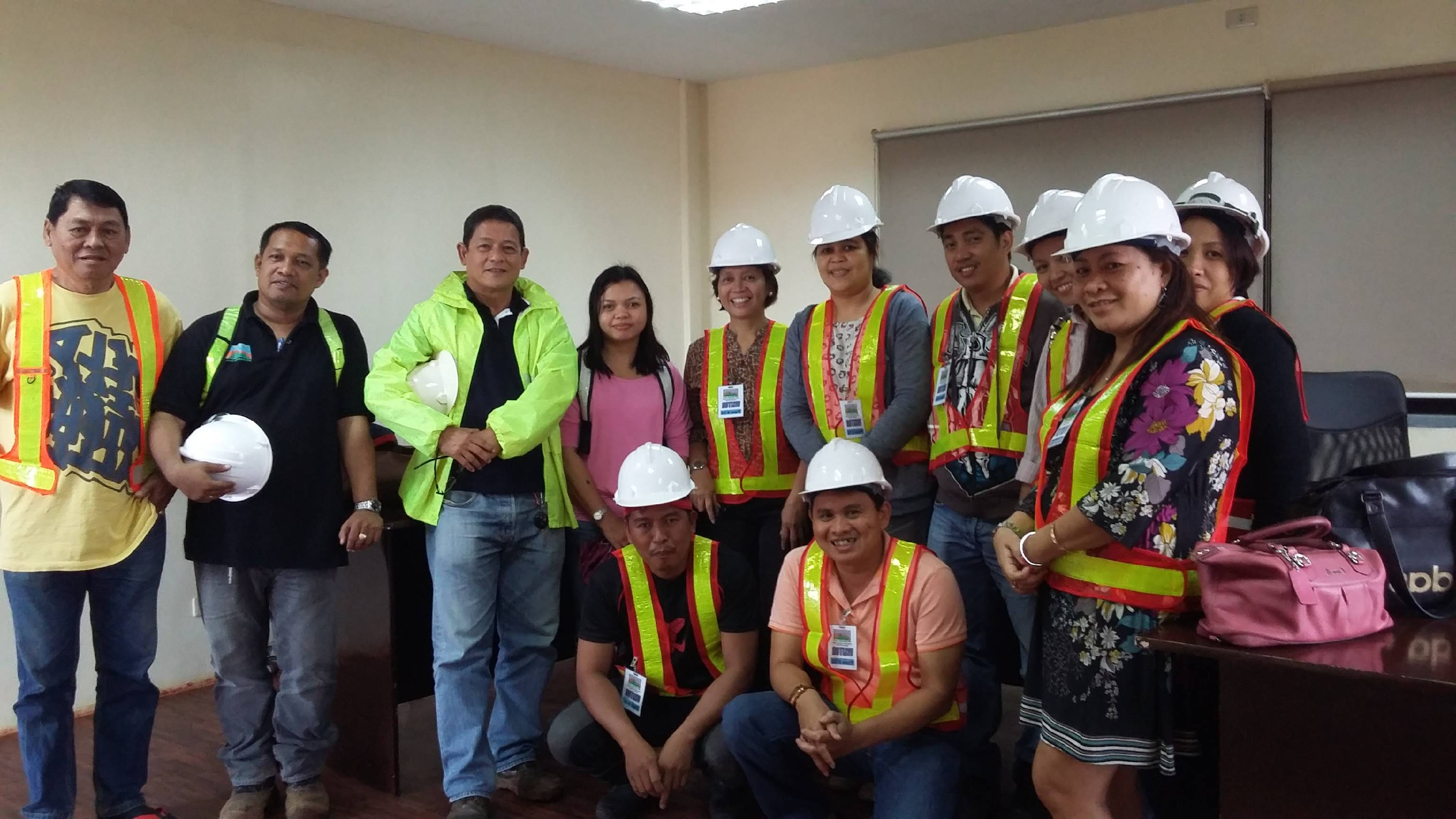 . CSU Rehab Team with Environmental Management Division staff of San Roque Mining Incorporated (SRMI) at Tubay, Agusan del Norte during the meeting for the company to adopt the ecobelt concept for progressive nickel mine rehabilitation